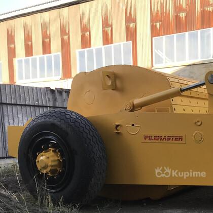 Импактор Pilemaster 3000 применяется для разрушение асфальтовых и